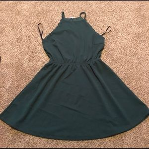 Fun and flirty dress. Perfect for homecoming.